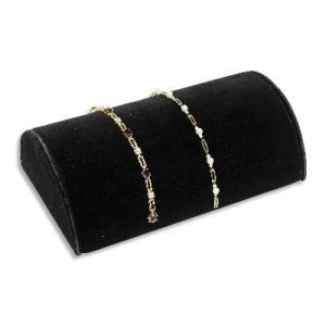 Black, 1/2 Round Bracelet Display