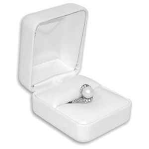 White Faux Leather Hinged Jewelry Boxes, for Double Ring