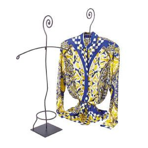Blouse Contemporary Displayer